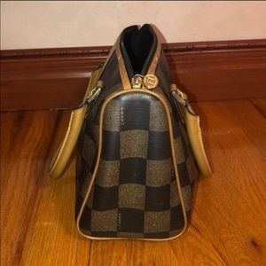VINTAGE Bags - TRADE AS DISCUSSED